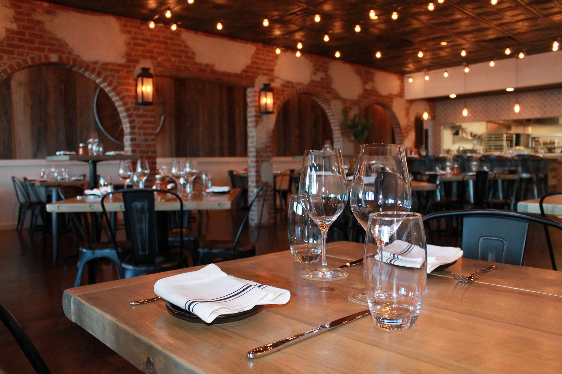 viaggo ristorante dining room